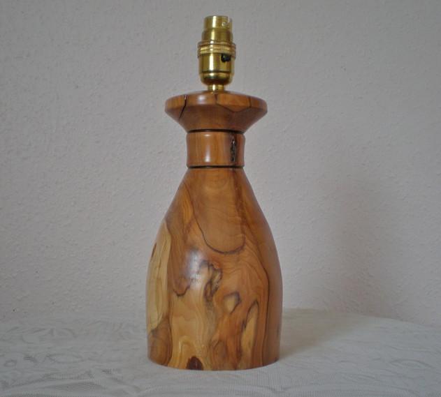 Wood: Yew Size: 11 X 4 Price: £50 (ref.5273)