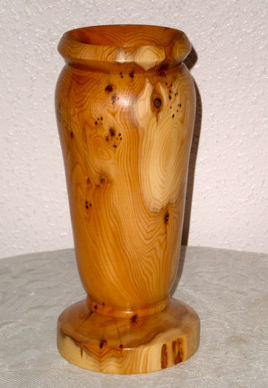 Wood: Yew Size: 10 X 4 Price: £60 (ref.4907)