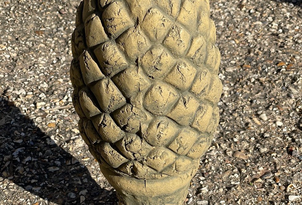 Pineapple Pillar Cap