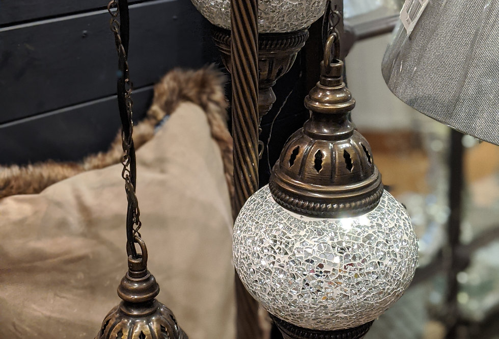 Lamp Stand Cascade