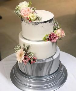 inspired by a wedding cake I did last ye