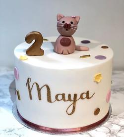 Maya loves cats 🐱 #secondbirthdaycake_.