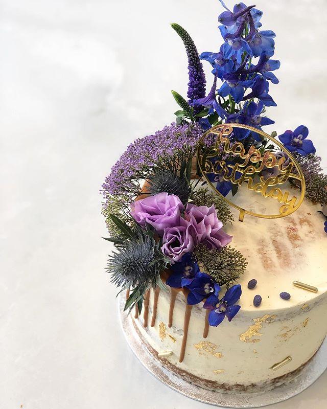 Blue, purple and gold 😍 #birthdaycake .