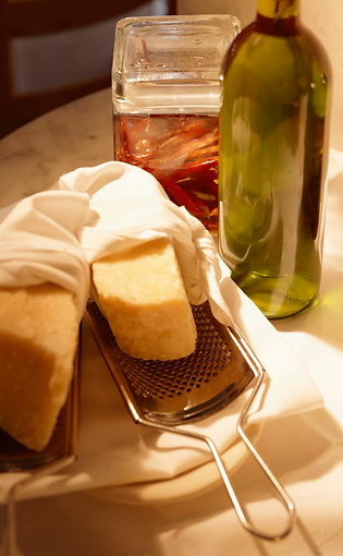 BIO Parmigiano Reggiano Mezzano (16 Monate)