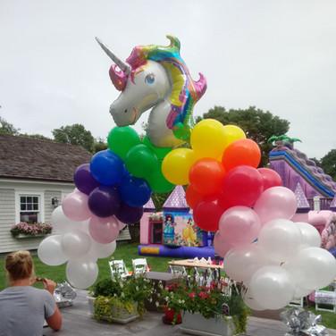 Rainbow unicorn arch.jpeg