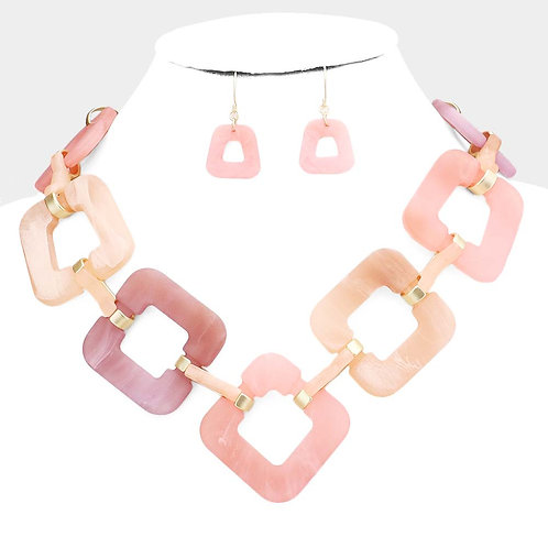 Open Square Link Necklace