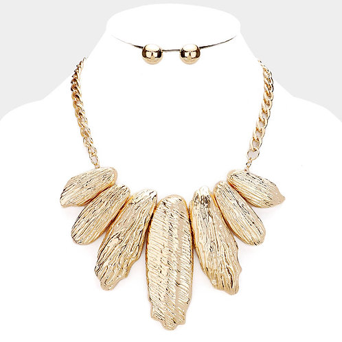Textured Metal Decor Bib Chain Necklace