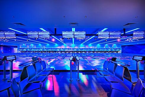 Cosmic_lighting_at_bowling.jpg