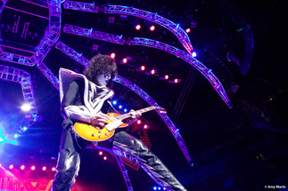 KISS-Concert-Ball-Watch-by-Amy-Martz-130816_8651-Photograph-by-Amy-Martz-17.jpg