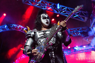 KISS-Concert-Ball-Watch-by-Amy-Martz-130816_8576-Photograph-by-Amy-Martz-11.jpg
