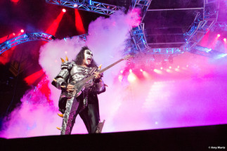 KISS-Concert-Ball-Watch-by-Amy-Martz-130816_8580-Photograph-by-Amy-Martz-12.jpg