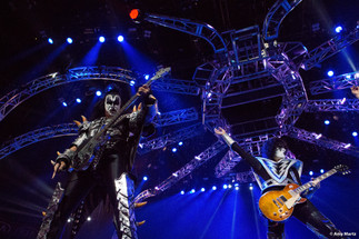 KISS-Concert-Ball-Watch-by-Amy-Martz-130816_8765-Photograph-by-Amy-Martz-25.jpg