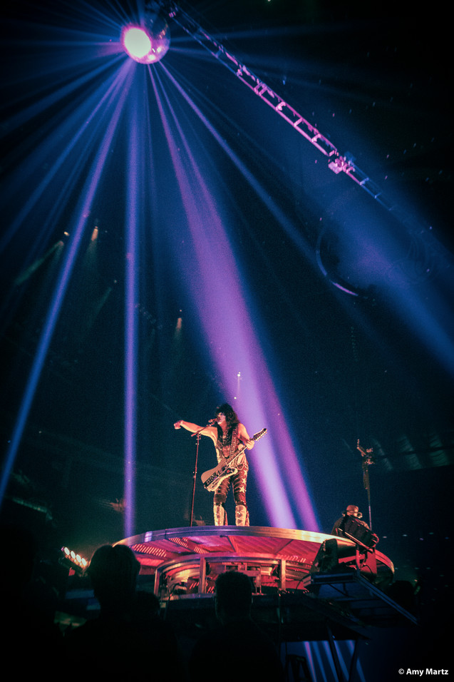 KISS-Concert-Ball-Watch-by-Amy-Martz-130816_8916-Photograph-by-Amy-Martz-39.jpg