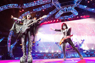 KISS-Concert-Ball-Watch-by-Amy-Martz-130816_8742-Photograph-by-Amy-Martz-24.jpg