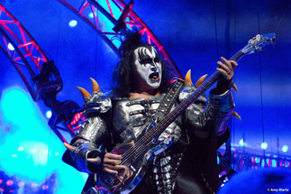 KISS-Concert-Ball-Watch-by-Amy-Martz-130816_8570-Photograph-by-Amy-Martz-9.jpg