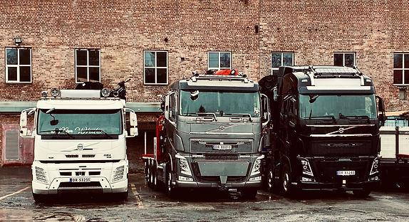 Volvo 1 2 3.JPEG