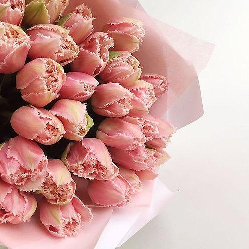 Tulipani sfrangiati rosa | Pink fringed tulips, Flowers online Milan