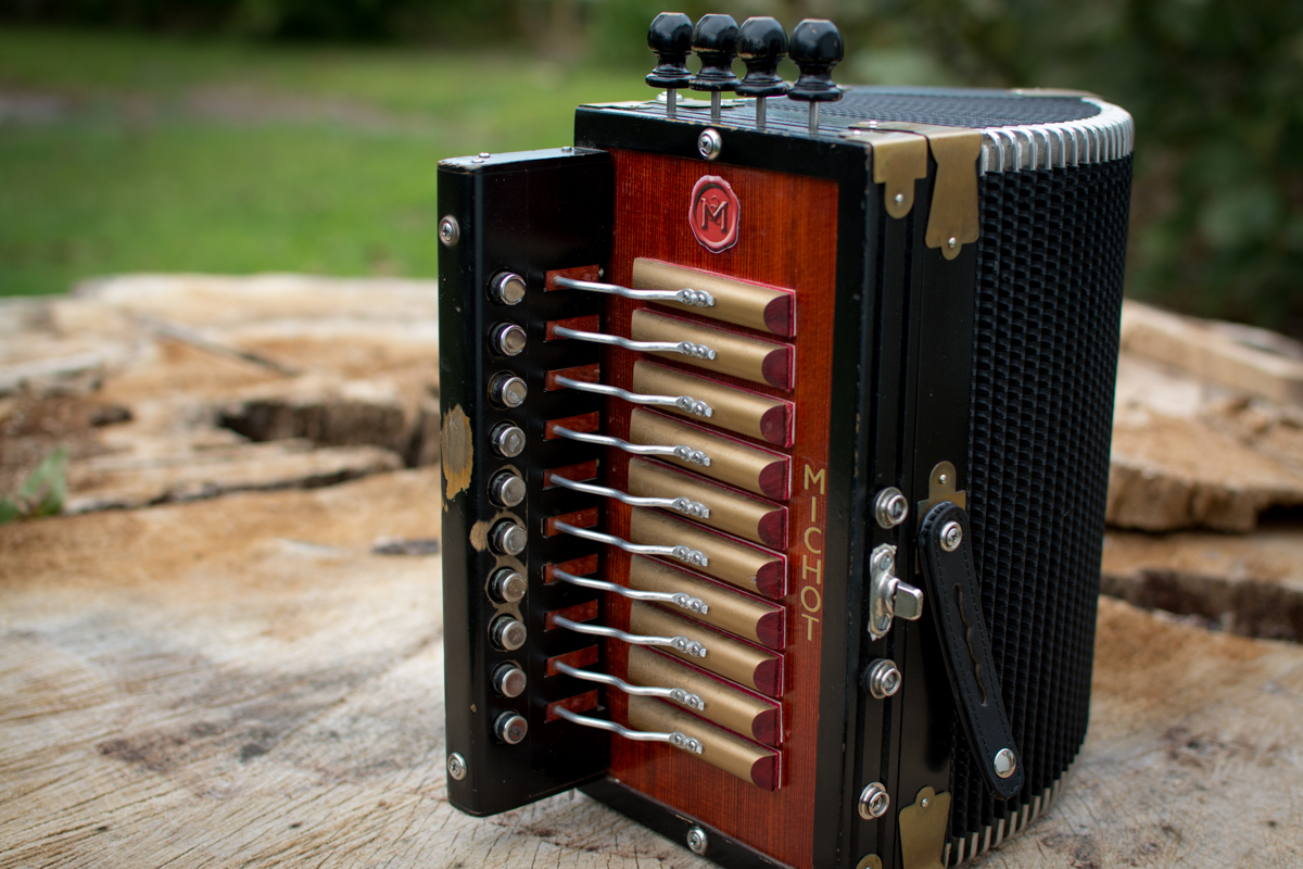 Michot accordion