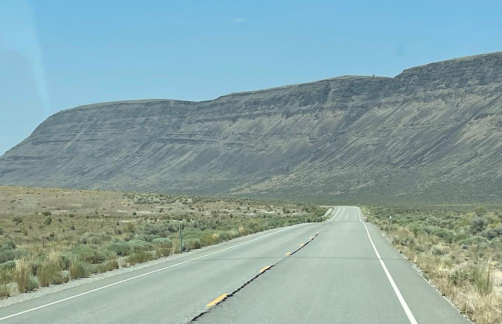 US Hwy 395 approaches Abert Rim in southeastern Oregon