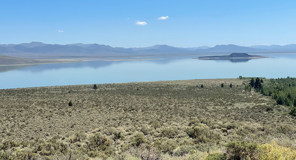 Calmness descends as subdued clouds linger over Mono Lake