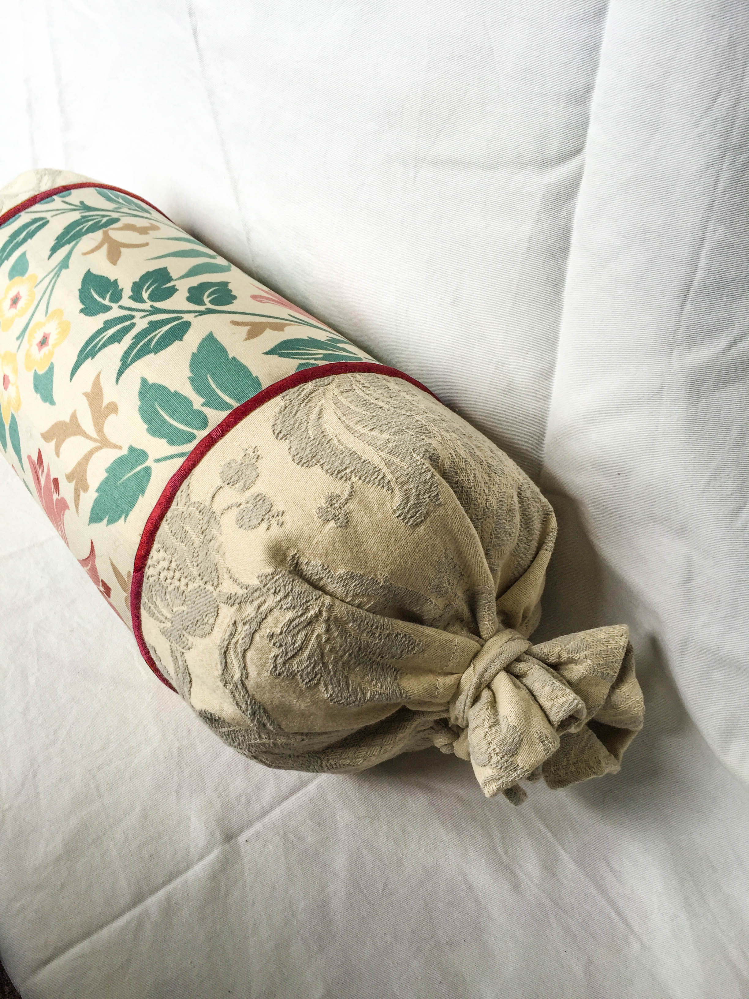 'Ruskin' Cotton Yoga Bolster
