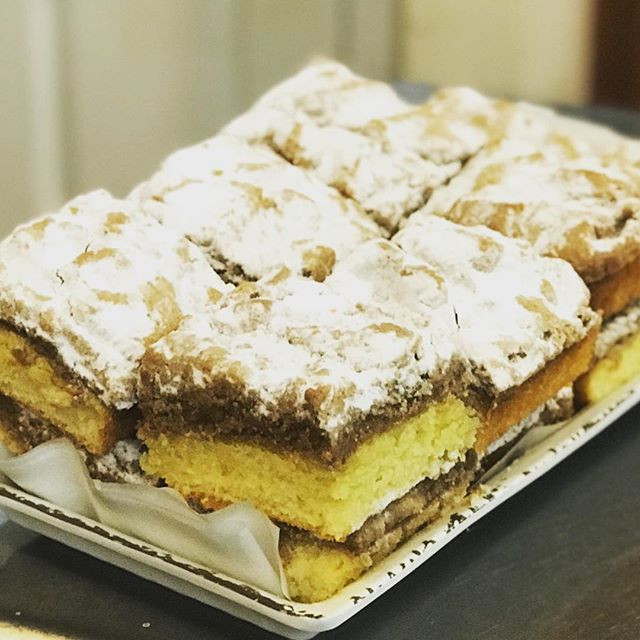 If you love crumb cake, this would be yo