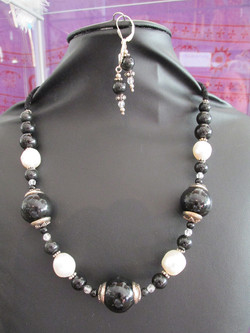 Collier_ObsidiennePerle