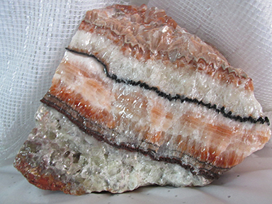 calcite-rose