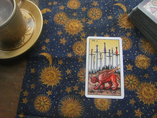 Tarot reader myths