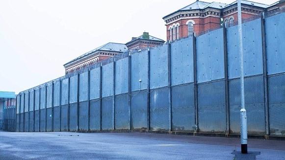 Broadmoor walls