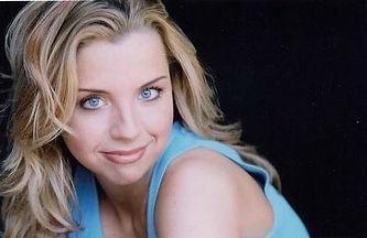 female christian comedian kerri pomorelli