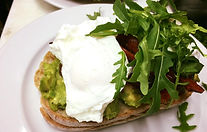 smashed avo breakfast.jpg