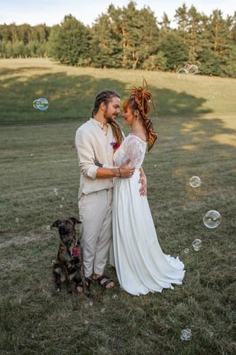 Hippi Hochzeit, Freie Trauung, Hochzeit Birstein, Hochzeit Wetteraukreis, Freie Hochzeit, Bulli, VW Bulli, Hochzeitsauto, Hochzeitsauto Bulli, Hochzeitsdeko