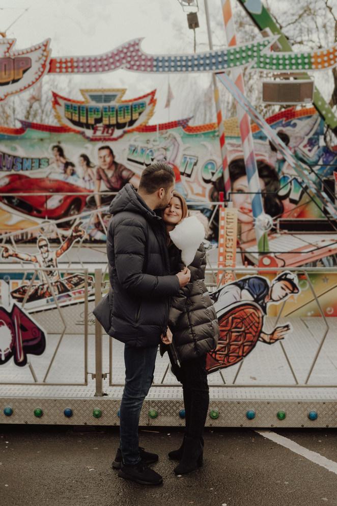 Gelnhausen | Langenselbold | Dippemess | Barbarossamarkt | Pärchen | Pärchenfotos | Fotoshooting | Hochzeit |Achterbahn