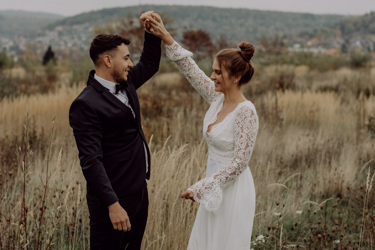 After Wedding Shooting | Brautpaarshooting | Brautpaarfotos | After Wedding | Pärchenfotos | Pärchenshooting in Büdingen| Hochzeitsfotos | Brautpaarshooting Langenselbold | Braut | Bräutigam | Hanau | Büdingen | Gelnhausen