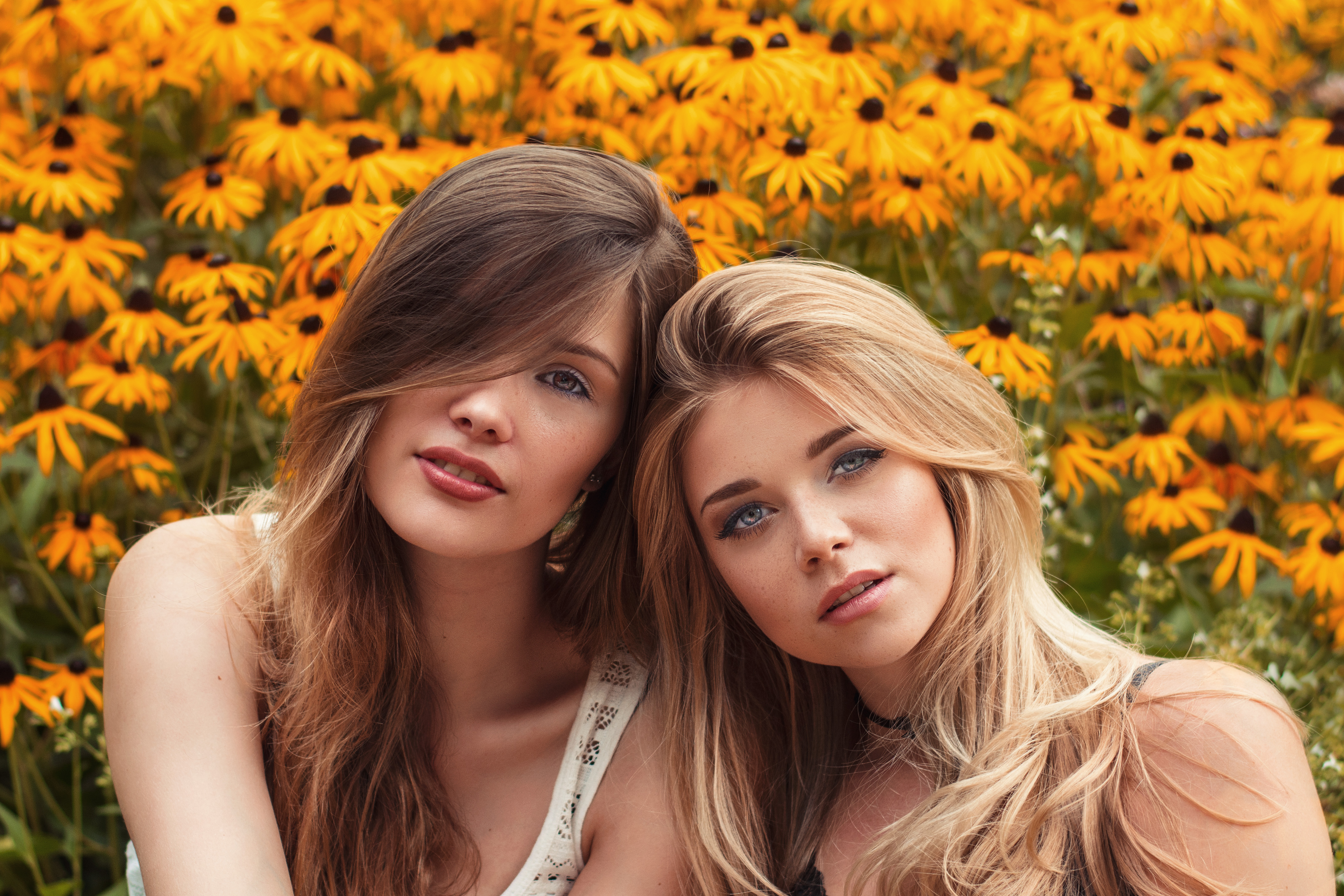 Katja & Diana