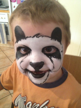 Panda perfect face paint