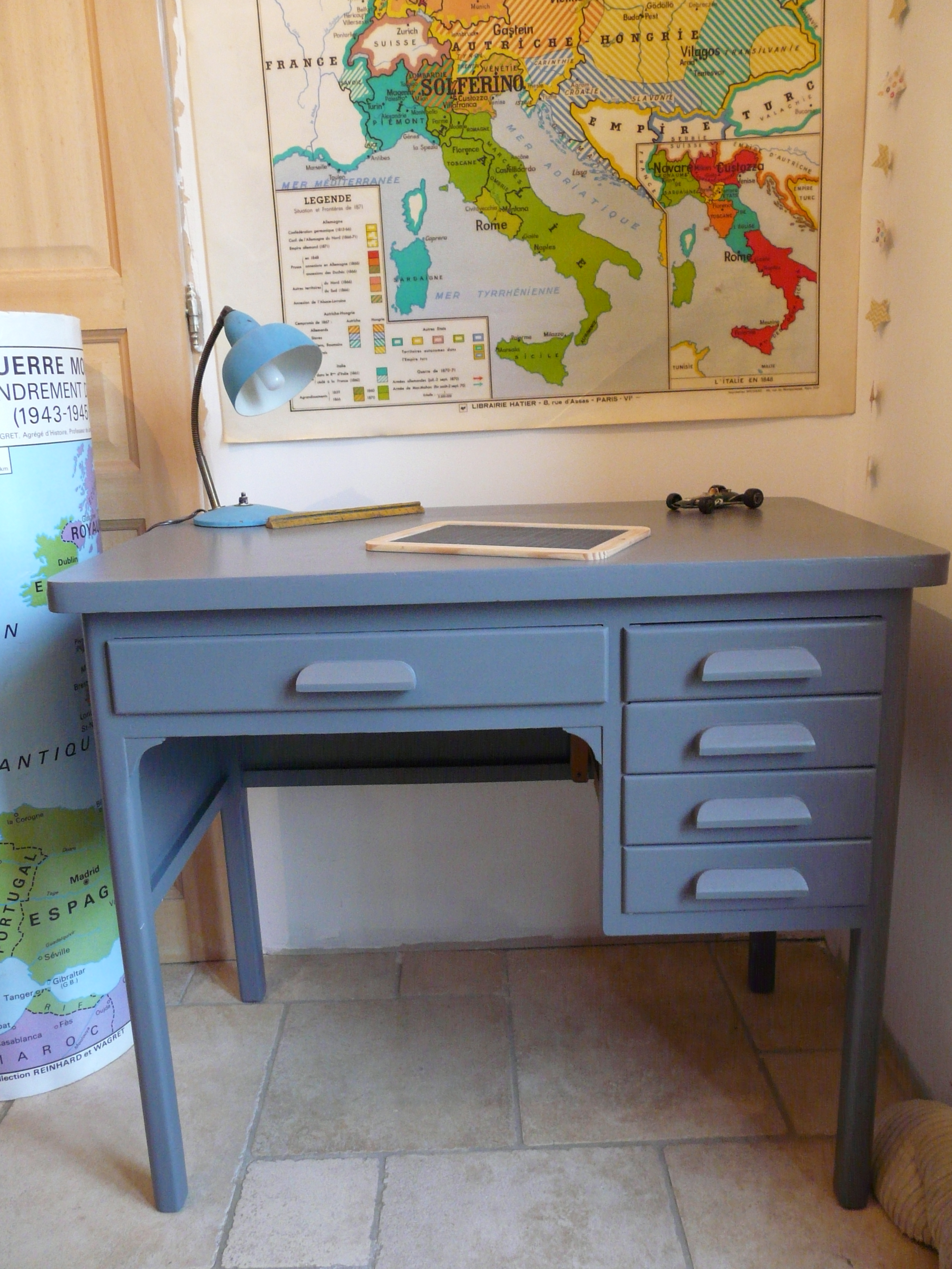 petit bureau à tiroirs relooké