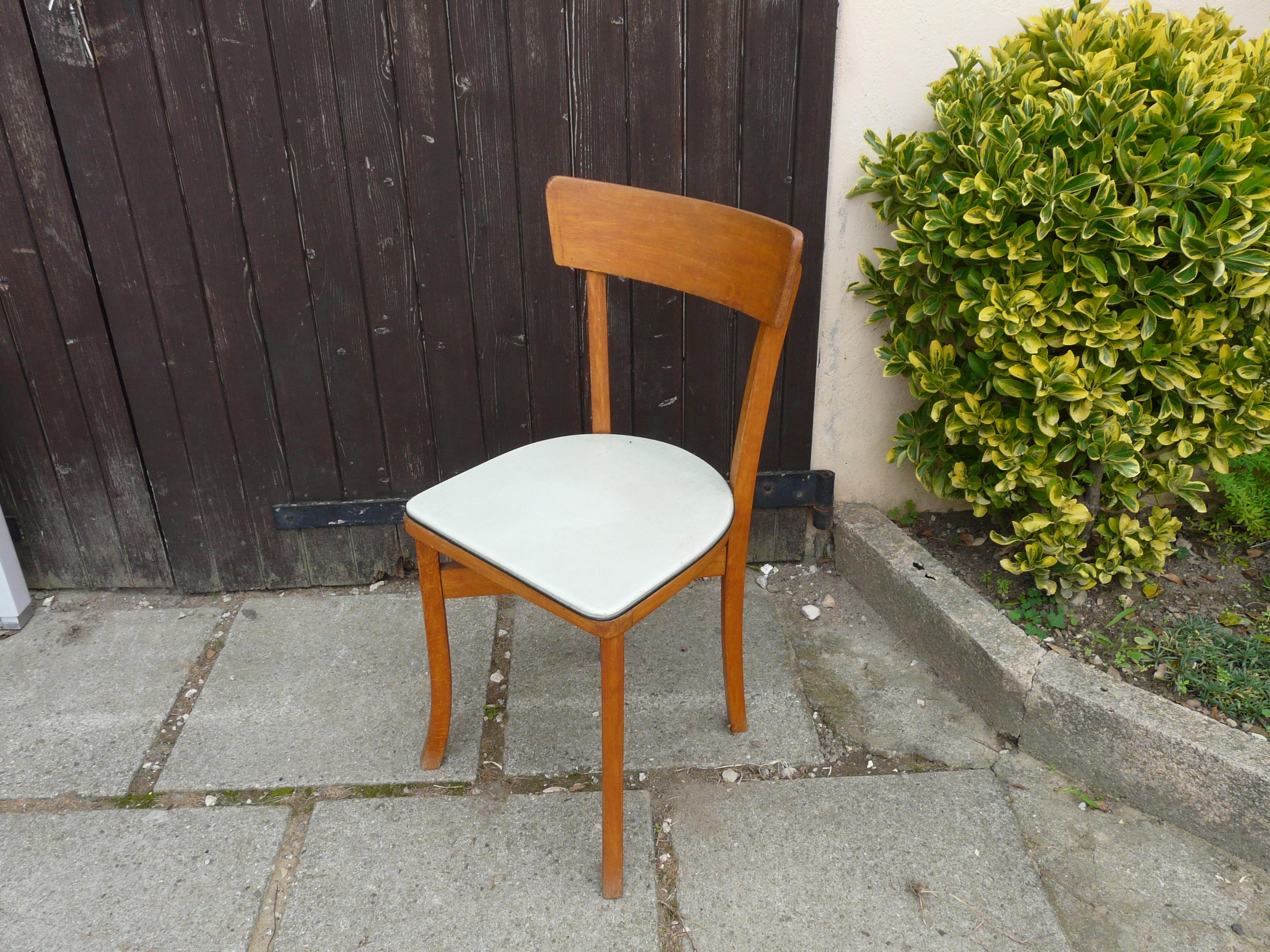 une chaise plutôt banale...
