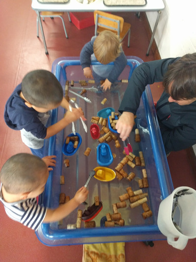 Water play, Fine motor skills - how many