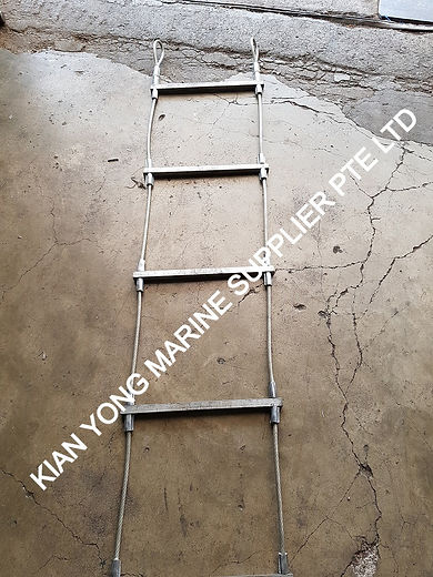 PVC%20Wire%20Rope%20ladder%20(1)_edited.jpg
