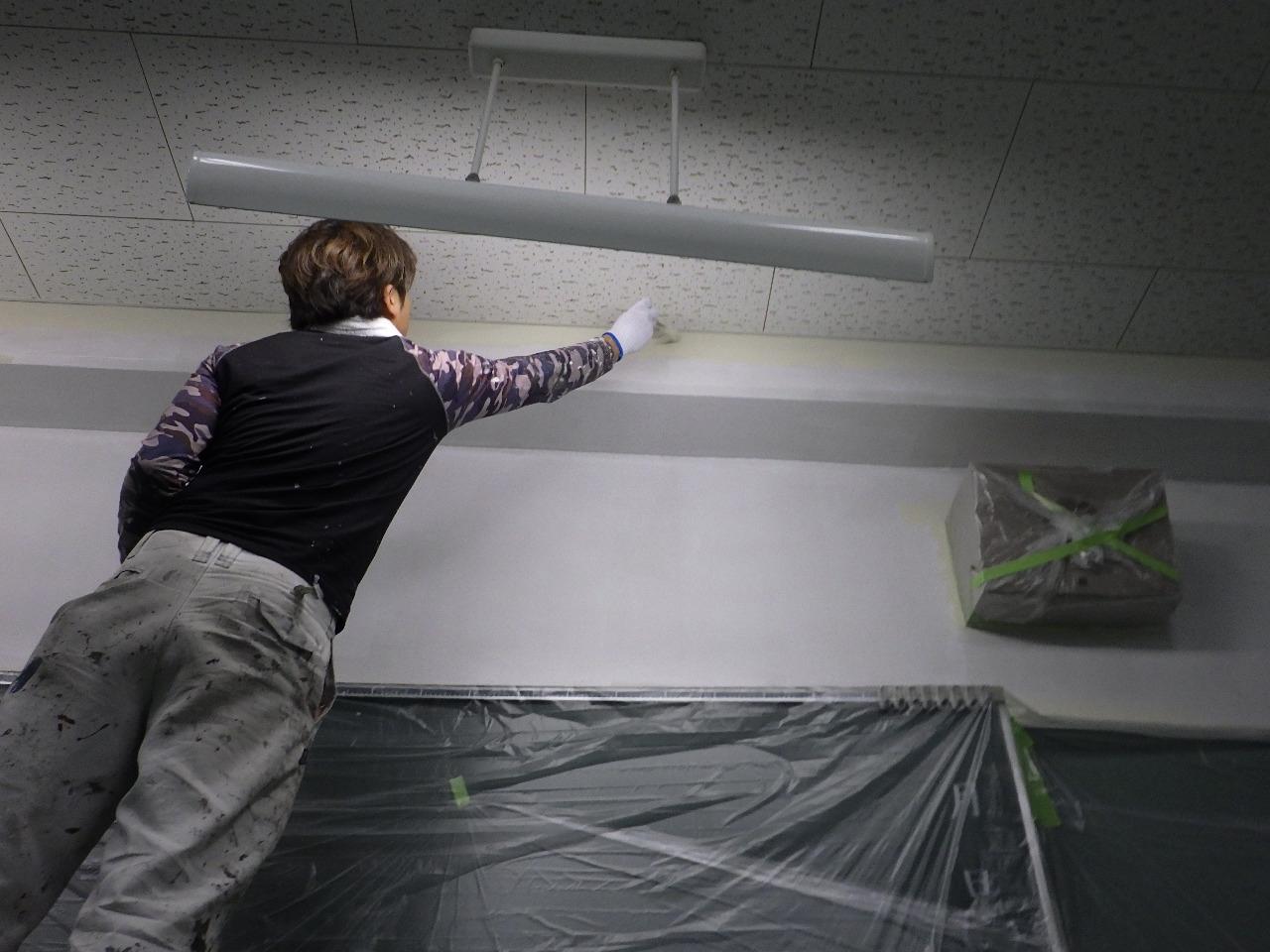 学校教室塗装工事