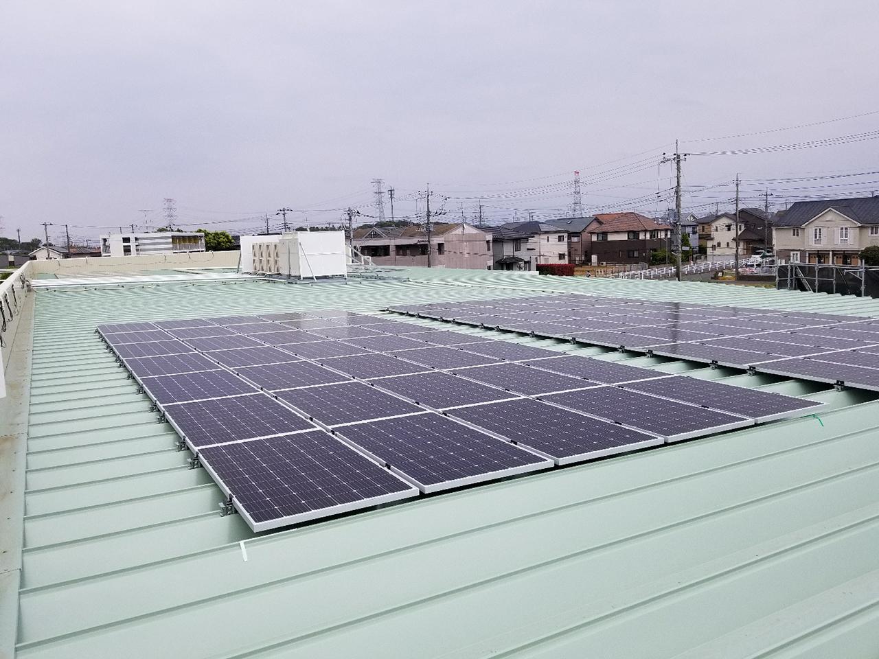 ドラッグストア屋根上太陽光工事
