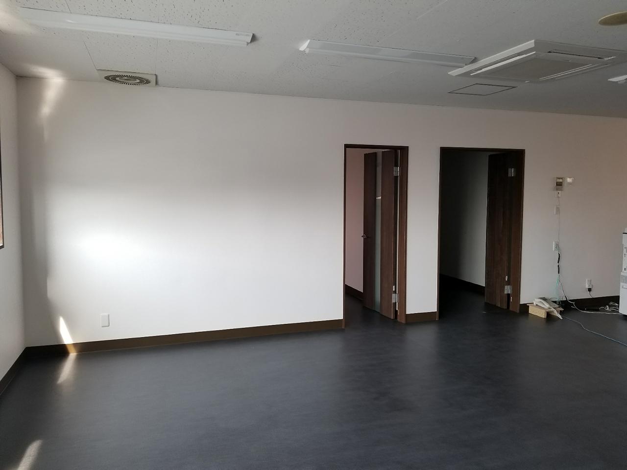 事務所内改装工事