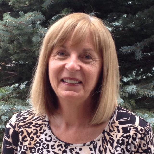 Lois MacNaughton, Integral Master Coach, PCC