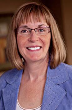Lois MacNaughton.png
