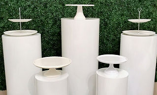 Round white plinths set of 5.jpg