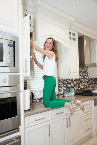 Viky Rose Influencer Blogger Entrepreneur Photoshoot - Climbing Counter