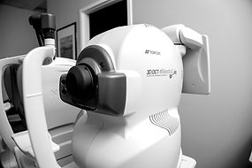 Eyeglass Gallery does Optical Coherence Tomography with the Topcon Maestro 2 OCT Machine