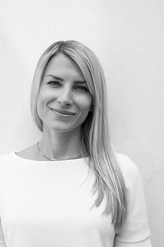 Portrait Teresa Berr Website Design TAB Marketing